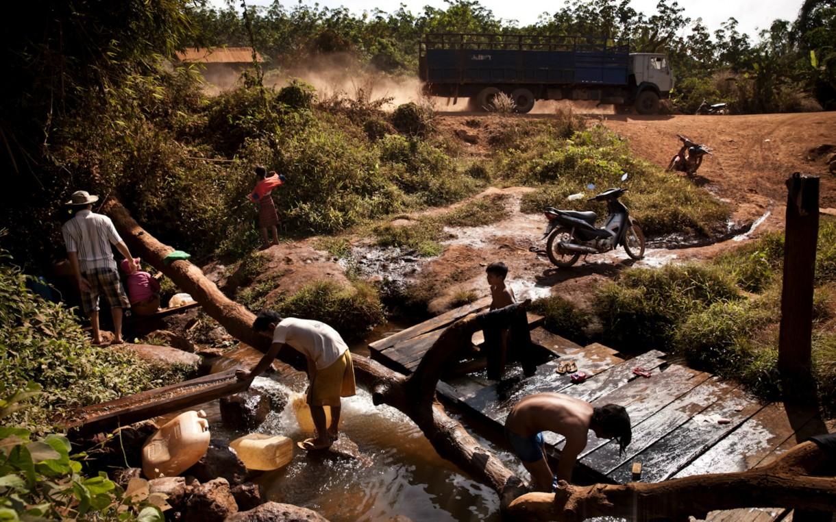 Cambodia-Ratankiri-river-scene