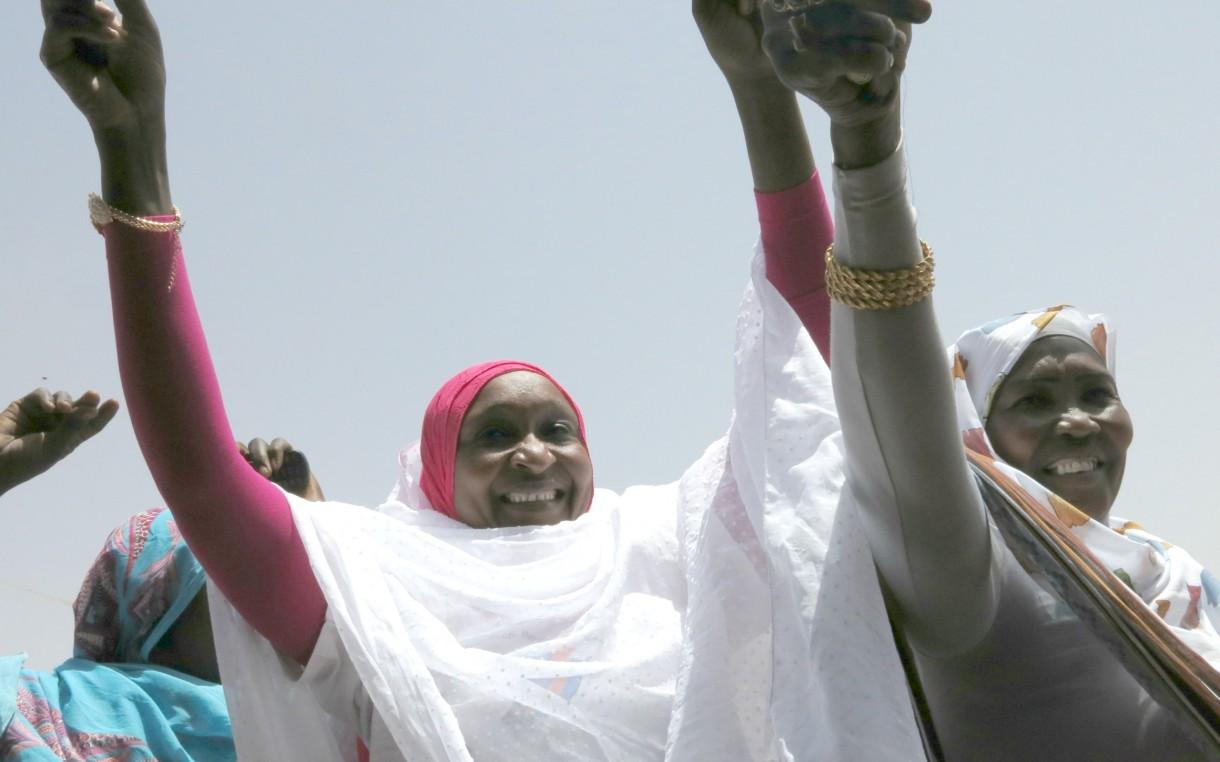 Darfur-women-dancing