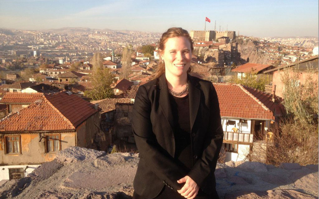 Sarah-Kalloch-in-Ankara-Turkey-2-8x5