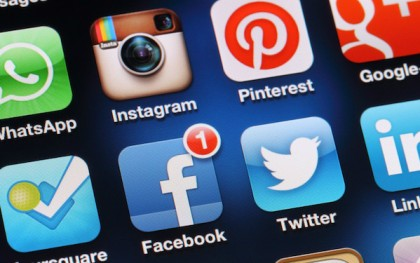Do academics have the incentives to embrace social media and engage in today's policy debates? Photo: http://bit.ly/1kjtiUk