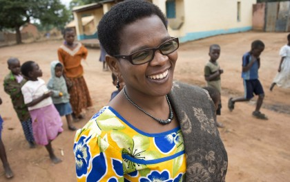 US foreign aid works best as a tool in the hands of the right local leaders—those trying to solve their own problems in their own nations and neighborhoods. Martha Kwataine (above) is one of them. As a health advocate, Kwataine is leveraging a tiny investment of US foreign aid to protect the health of people in rural communities across Malawi. Read more at: www.oxfamamerica.org/aidworks