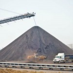 """Rio Tinto's """"Benga"""" coal mining operation in Tete province in central Mozambique. Arid, coal-rich Tete has been at the epicenter of a coal mining boom that has attracted billions of dollars in foreign investment. Photo:  Human Rights Watch"""